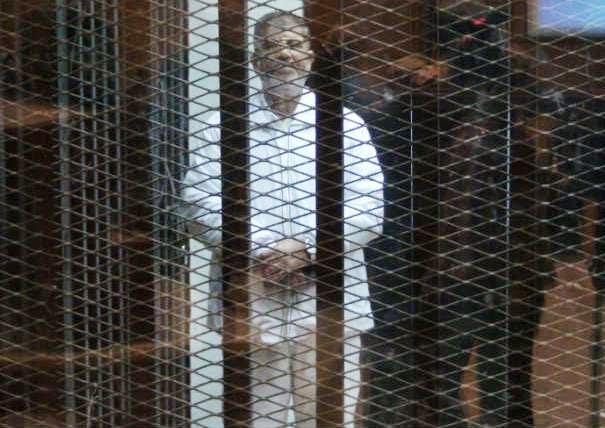 محمد مرسي وسكرتيره أمين الصرفي بتهريب وثائق ومستنداتٍ تمس الأمن القومي الى جهاز المخابرات القطرى